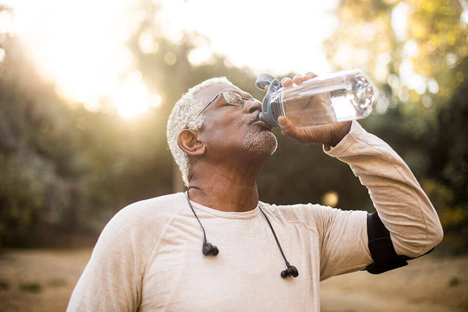 Hydrating regularly can give keep your mouth moist